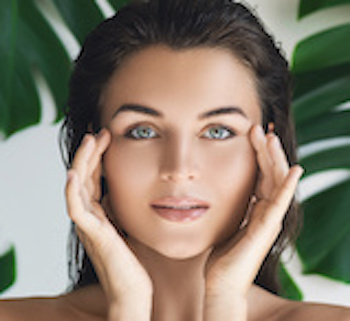 Focus on Eyes - Minimize Signs of Aging image